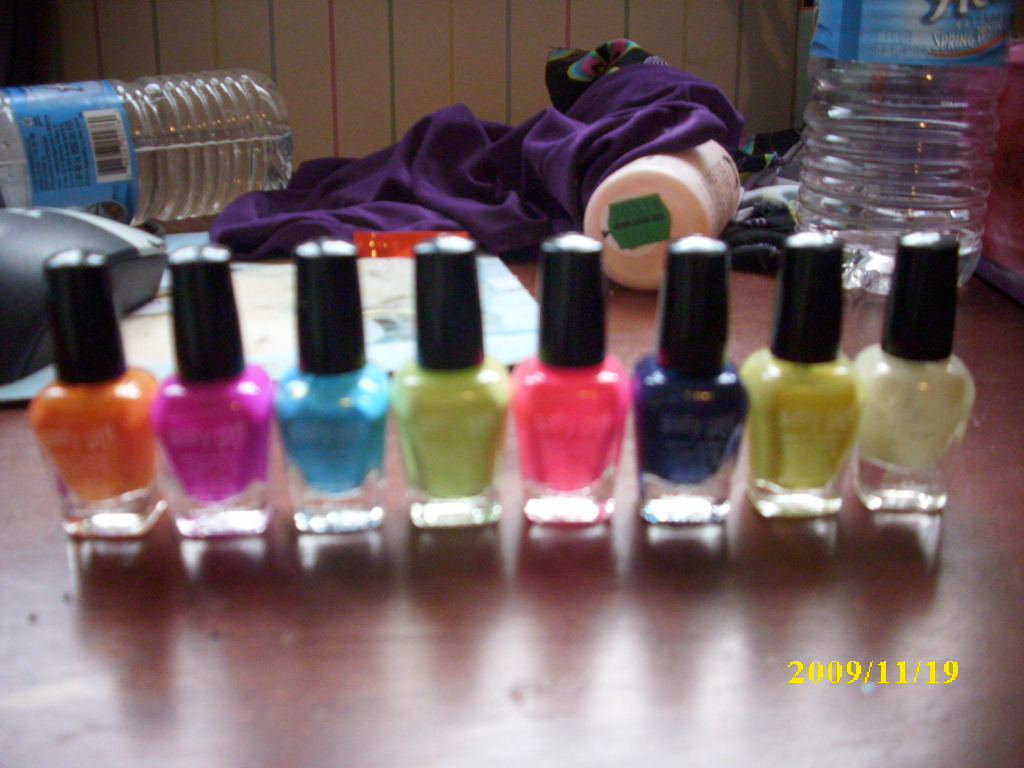 crackle nail polish,  nail polish colors,  neon nail polish,  nail polish bottle, spilled nail polish,  bright nail polish-81